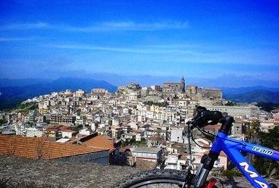 Tour Bike - Parchi Sicilia Orientale
